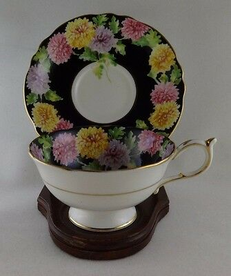 Vintage Paragon England CUP AND SAUCER MUMS FLOWERS & GOLD TRIMS