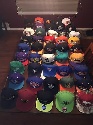 Lot Of 45 Hats Mitchell And Ness/ New Era/ Snapback/ Fitted/ Vintage