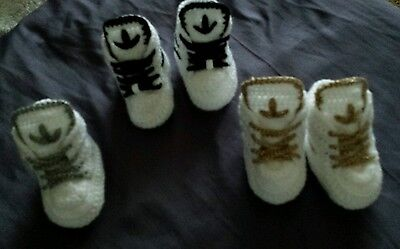 Handmade crochet baby shoes trainers booties