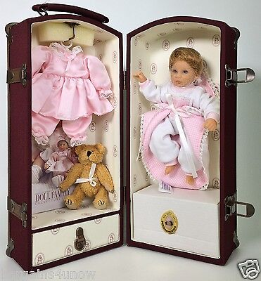 Lee Middleton Doll Trunk Doll Clothing Accessories New