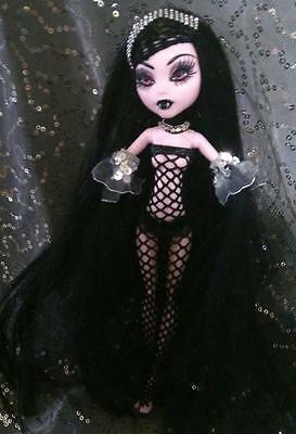 Gothic Draculaura Vampire ~ Monster High OOAK Doll stitches