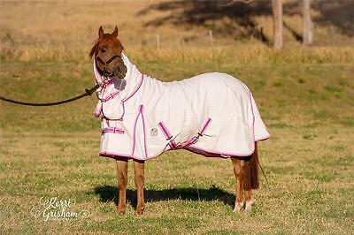 LOVE MY HORSE 5'6 Summer Cotton Ripstop Combo Reflective Horse Rug PINK