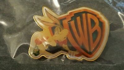 Bugs Bunny Warner Brothers WB logo pin  new in package
