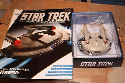 Star Trek Eaglemoss Ship Issue 44 Intrepid with Magazine