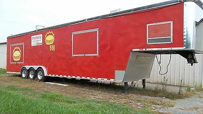 1999 40' 5th Wheel Enclosed Concession/BBQ Ole Hickory Trailer