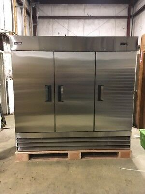 Commercial 3 Door Refrigerator Reach In Stainless 3 Door Cooler Brand New