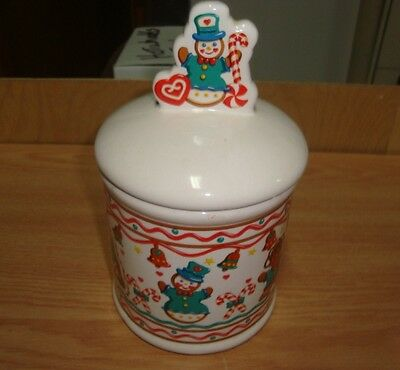 Beautiful Cookies Jar For Christmas Party