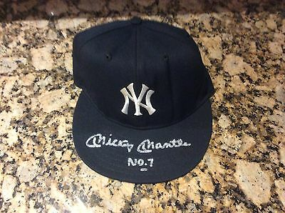 Mickey Mantle Signed Ny Yankees Hat With # 7