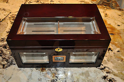 Cigar Humidor 125 Brand New! 3 Bevelled Glass Windows & Digital Hygrometer