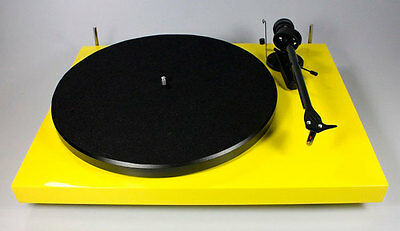 Pro-Ject Debut Carbon DC (YELLOW) (EX-DEMO)