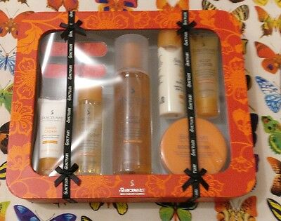 Sanctuary Spa Covent Garden Heroes Gift Set Body Wash Butter Bath Float & more