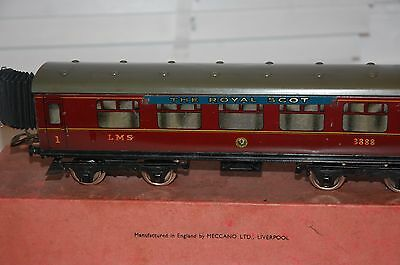 HORNBY SERIES O GAUGE No 2 CORRIDOR COACH IN LMS RED LIVERY WITH ORIGINAL BOX