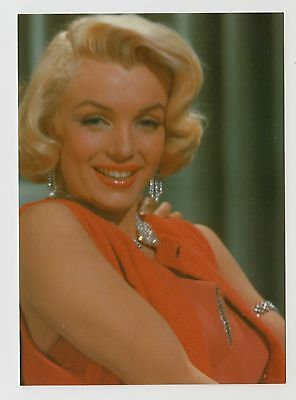 MODERN POSTCARD - Marilyn Monroe close up in red dress & diamonds