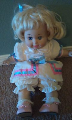 Betsy Wetsy  doll Tyco 1996 original clothes, shoes, ect