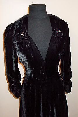 DIVINE GENUINE FRENCH VINTAGE  1940s  BLACK PANNE VELVET  DRESS UK SIZE 12