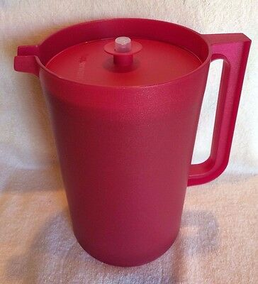 Tupperware BE DAZZLED CLASSIC SHEER PITCHER 1 Gallon ~Red Sparkle~ BRAND NEW!