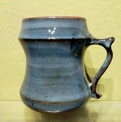 Vintage LLANGOLLEN STUDIO POTTERY MUG. Welsh art pottery.