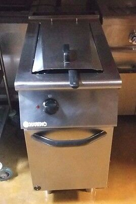 Mareno free standing electric commercial fryer  3 phase  large basket