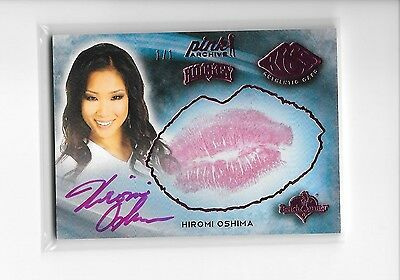 2015 Benchwarmer Pink Archive Hiromi Oshima Pink Foil 2014 Hockey Kiss Auto 1/1