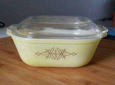 Vintage retro Agee pyrex  yellow and gold