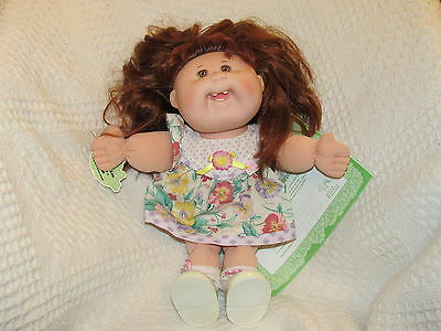 Mattel 1995 First Edition Cabbage Patch Kids - Stylin' Hair Kid - Winona Lee