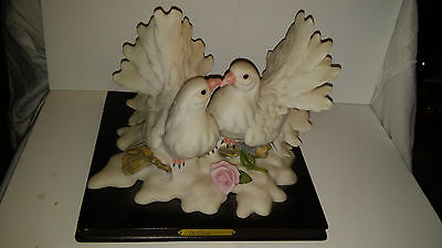 De Capoli Collection Gold Union Kissing Snow Doves Mounted Figurine
