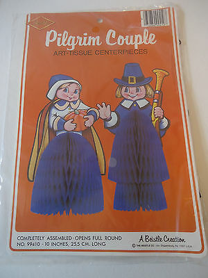 NOS Vtg HONEYCOMB PILGRIM COUPLE DECORATION Tissue Paper BEISTLE Thanksgiving