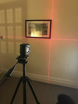 Bosch Blue GLL 2-50 Professional With Tripod Laser Cross Level Case included
