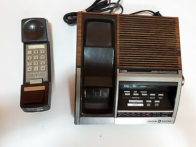 General Electric GE Phone Alarm Clock AM FM Radio Model 7-4700