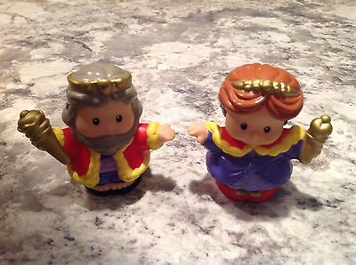 FisherPrice Little People KNIGHT CASTLE KING QUEEN Royal Princess Kingdom 2002