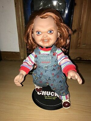 Chucky Sideshow Collectibles Unscarred Figure With Box And Stand!!!