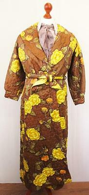 Small - Vintage 60's Quilted Floral House Jacket Smoking Gown Robe Retro - L397