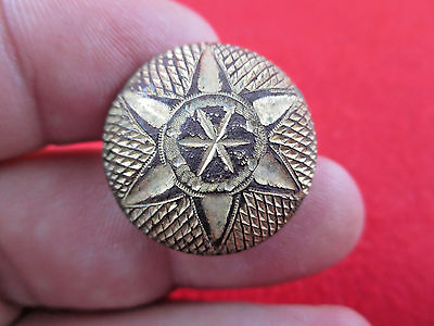 Beautiful Dug Star Coat Button with Gold Gilt Scovill BM 25mm Recovered Shiloh