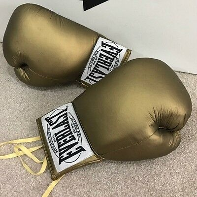 Everlast Autograph Gold Boxing Gloves
