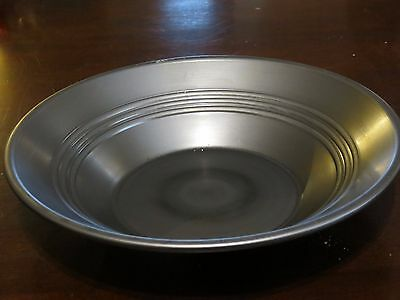 """10"""" inch Steel Gold pan WITH ribs """"Gold Rush"""" and """"Alaskan Bush People"""" use"""