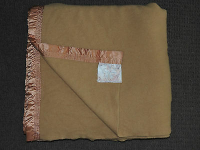 ONKAPARINGA PURE NEW WOOL Queen Size BLANKET Excellent Condition