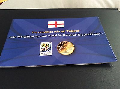 2010 Circulation coin set 'England'. Includes official licensed FIFA medal