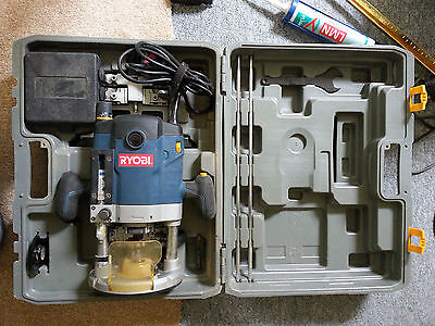 """Ryobi ERT 2100V 1/2"""" Router 240 Volt With Original Carry Case And Parts"""