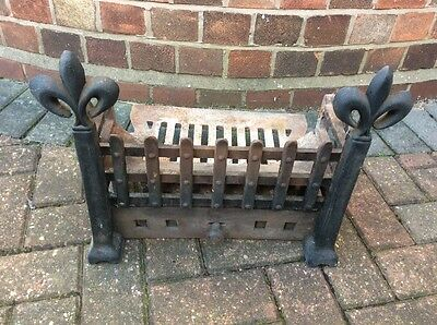 Cast Iron Fire Grate (Vintage- Heavy Duty) for Open Fireplace