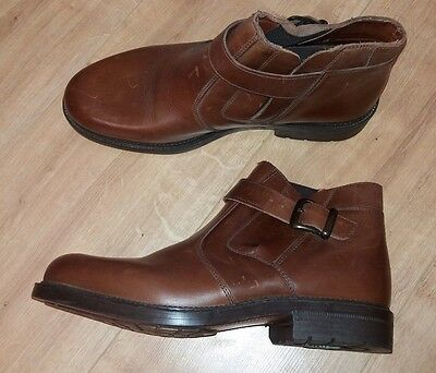 Clarks Mens Boots Brown Leather Ankle Boot - Size 8.5