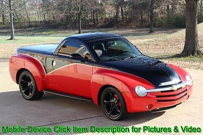2004 Chevrolet SSR SSR Super Sport Roadster Convertible V8 2004 Chevrolet SSR Custom Red Black Paint Roadster Hard top Convertible Shipping