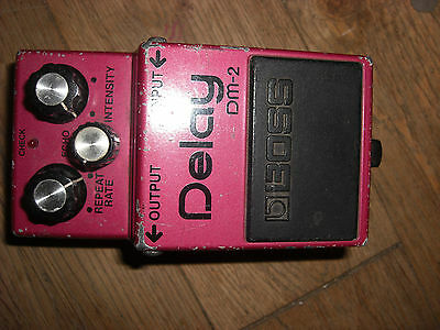 boss dm-2 delay made in japan  dm 2 vintage echo effects unit black label