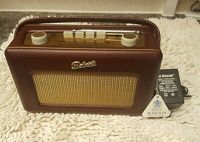 Roberts Revival Radio R250 - AM/FM/LW Red.