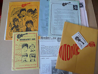 THE MONKEES Original 1967 Fan Club Pack RARE !!