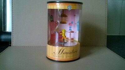Warner Bros Minature Classic Tweety Pie
