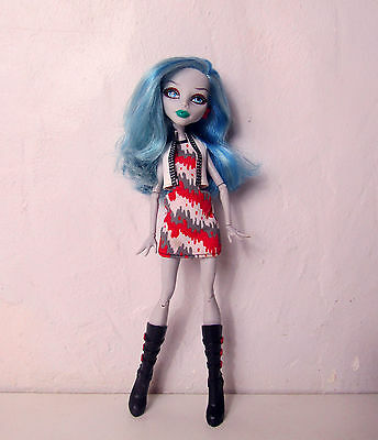 Poupée Monster High Ghoulia Yelps Scooter