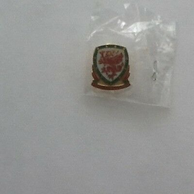 Wales World Cup 2018  Official Football Pin Badge