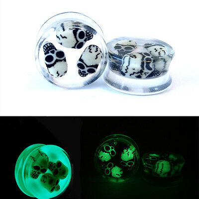 2X 3D Skull Ear Saddle Plugs Glow in The Dark Double Flared Ear Piercing Tunnels