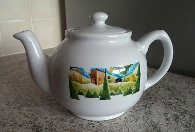 Traditional Teapot by Teapot &co. Free UK postage