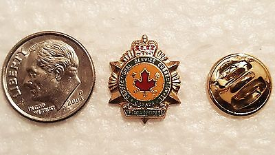 Vintage CANADIAN CORRECTIONAL SERVICE - Canada - Pin - Pinback- Button - police